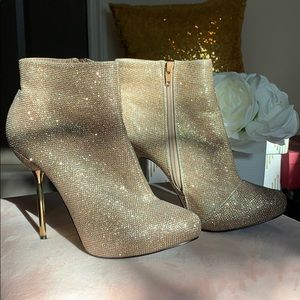 Stunning Gold Sparkle Booties